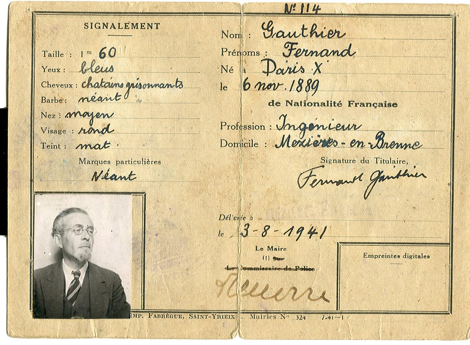 False identification paper issued to Felix Goldschmidt under the name Fernand Gauthier.