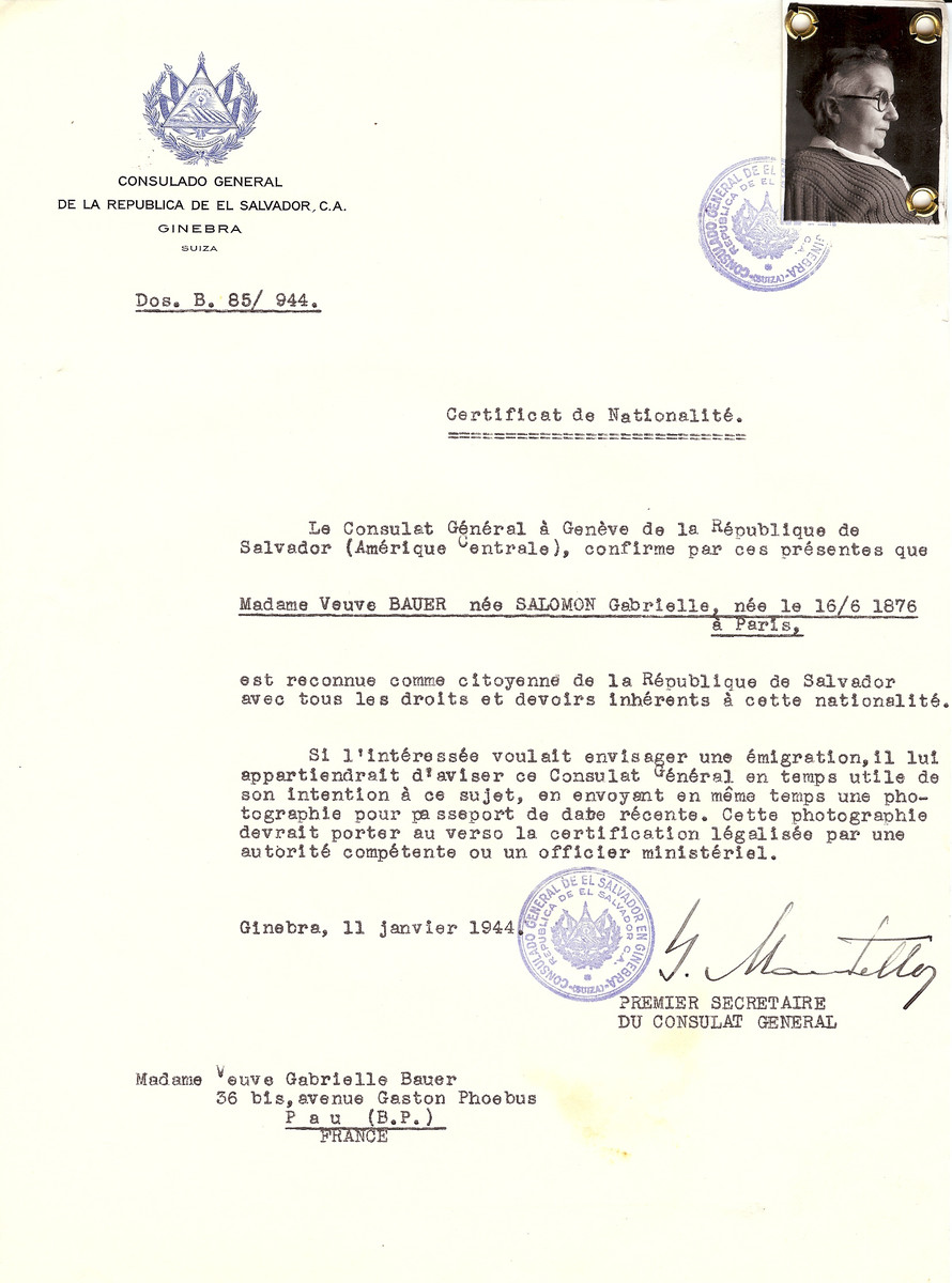 Unauthorized Salvadoran citizenship certificate issued to Gabrielle (nee Salomon) Bauer (b. June 16, 1876 in Paris), by George Mandel-Mantello, First Secretary of the Salvadoran Consulate in Switzerland and sent to her residence in Pau.