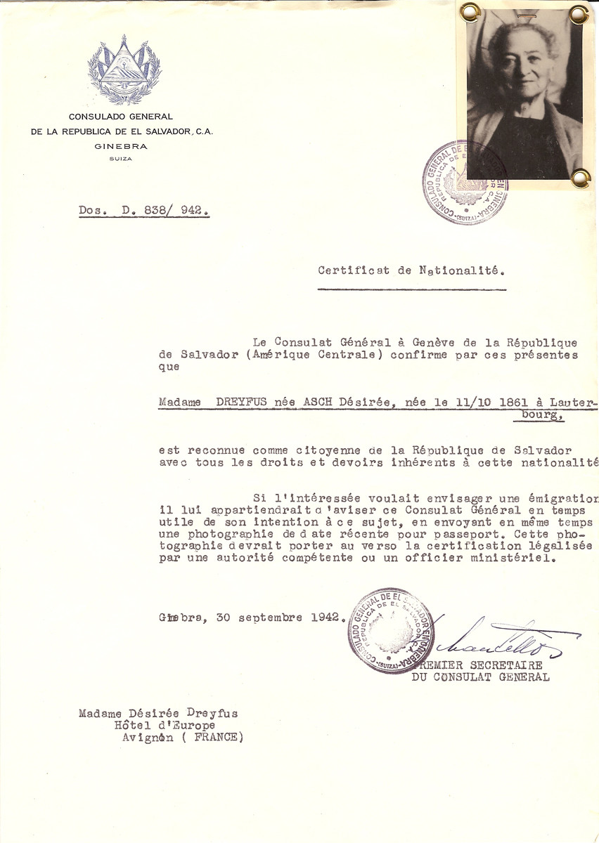 Unauthorized Salvadoran citizenship certificate issued to Desiree (nee Asch) Dreyfus (b. October 11, 1861 in Lauterbourg) by George Mandel-Mantello, First Secretary of the Salvadoran Consulate in Switzerland, and sent to her residence in Avignon.