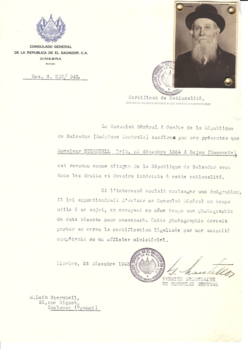 Unauthorized Salvadoran citizenship certificate issued to Leib Sternhell (b. December 1864 in Bojan, Romania) by George Mandel-Mantello, First Secretary of the Salvadoran Consulate in Switzerland and sent to his residence in Toulouse.