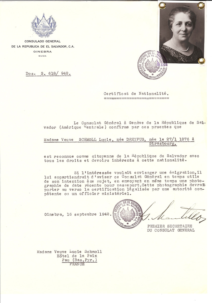 Unauthorized Salvadoran citizenship certificate issued to Lucie (nee Dreyfus) Schmoll (b. January 27, 1876 in Strasbourg) by George Mandel-Mantello, First Secretary of the Salvadoran Consulate in Switzerland and sent to her residence in Pau.