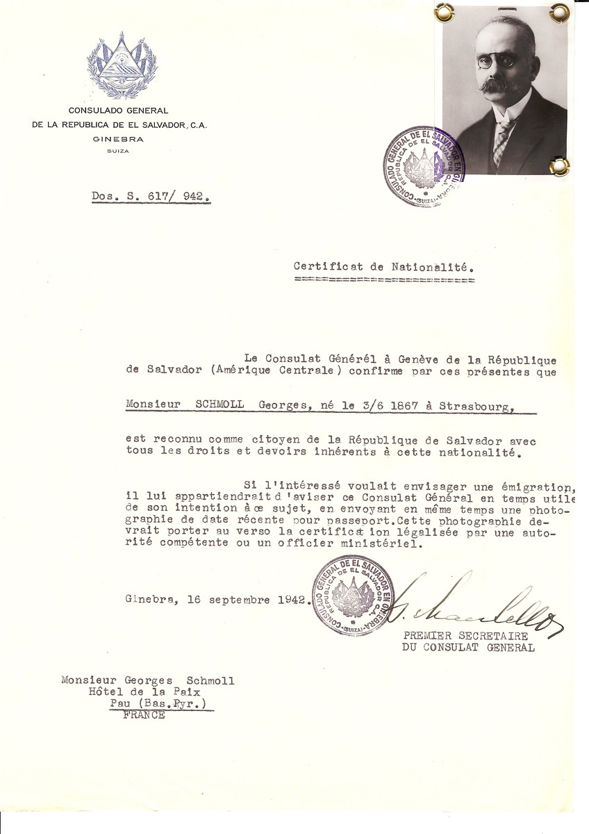 Unauthorized Salvadoran citizenship certificate issued to Georges Schmoll (b. June 3, 1867 in Strasbourg) by George Mandel-Mantello, First Secretary of the Salvadoran Consulate in Switzerland and sent to his residence in Pau.