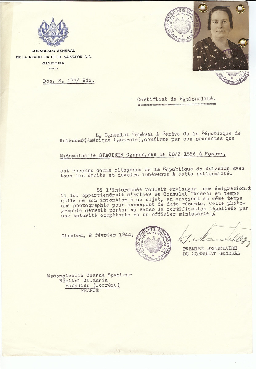 Unauthorized Salvadoran citizenship certificate issued to Czarna Spacirer (b. March 28, 1886 in Kodowa) by George Mandel-Mantello, First Secretary of the Salvadoran Consulate in Switzerland and sent to her residence in Beaulieu.