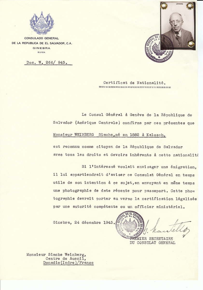 Unauthorized Salvadoran citizenship certificate issued to Simche Weinberg (b. 1882 in Kalusch) by George Mandel-Mantello, First Secretary of the Salvadoran Consulate in Switzerland and sent to his residence in Donadic.   Simche Weinberg was denied entry into Switzerland.