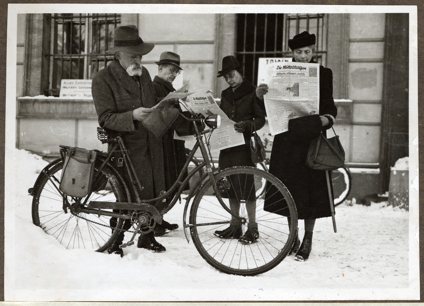 Citizens of Aachen read Germany's first non-Nazi newspaper.