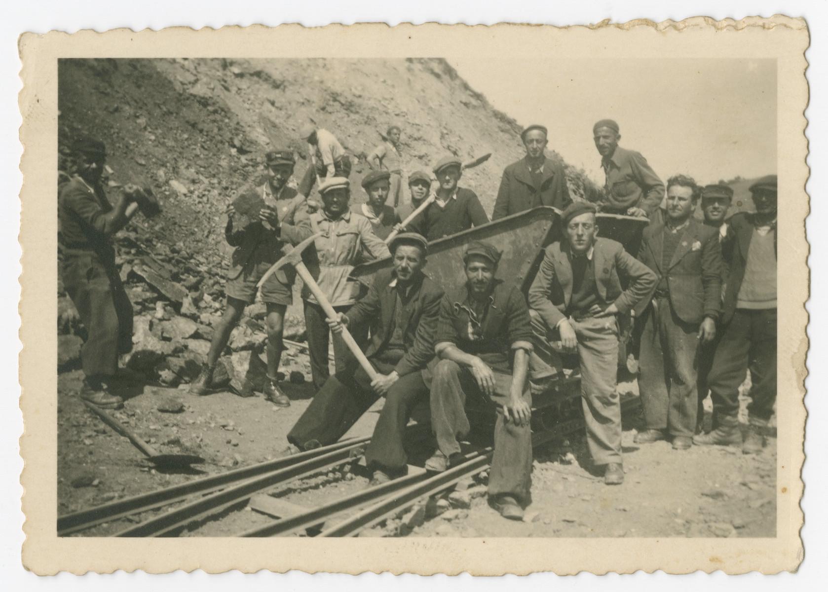 Internees construct train tracks in a Bulgarian labor camp.
