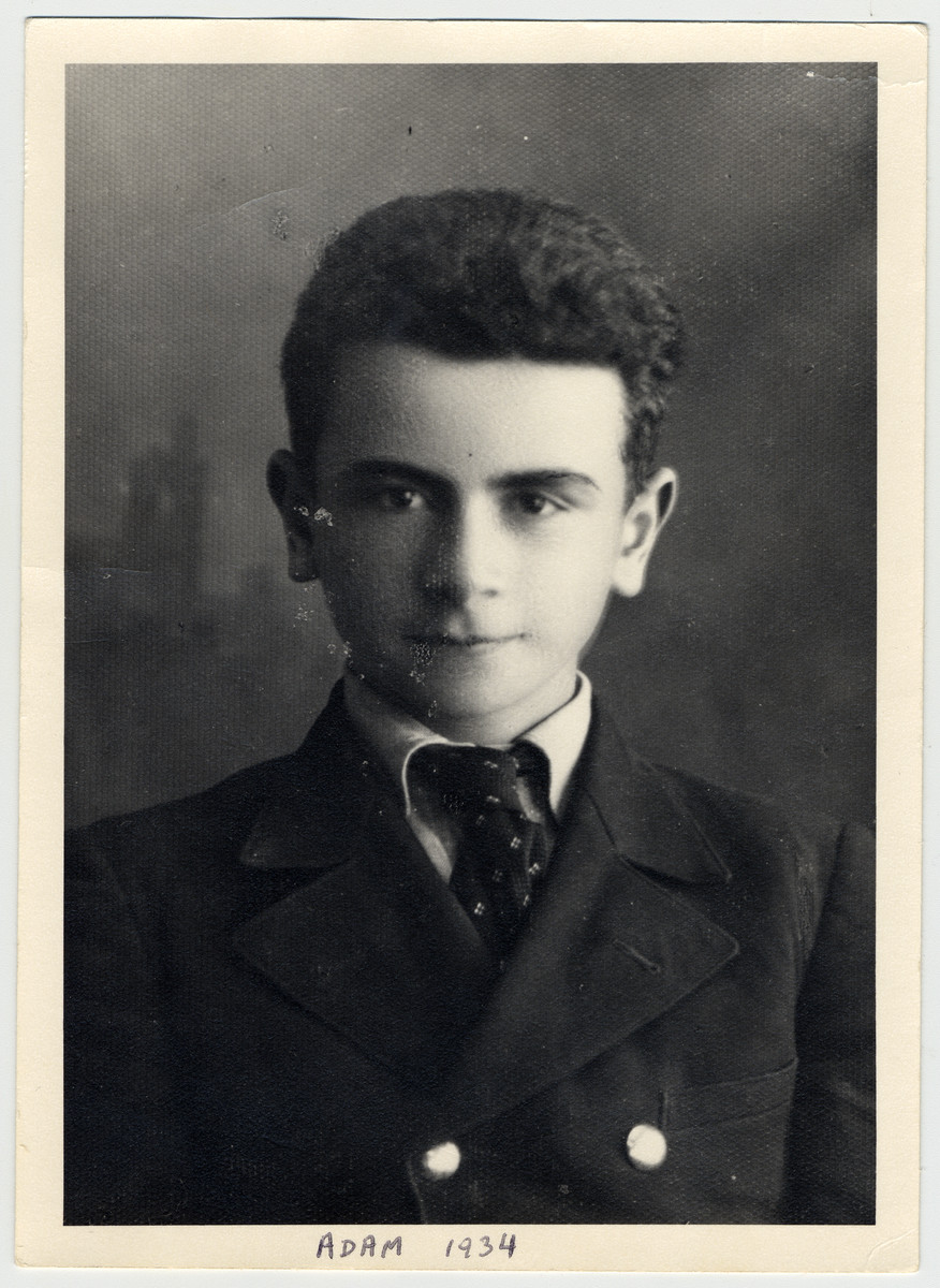 Studio portrait of a young Adam Kahane.