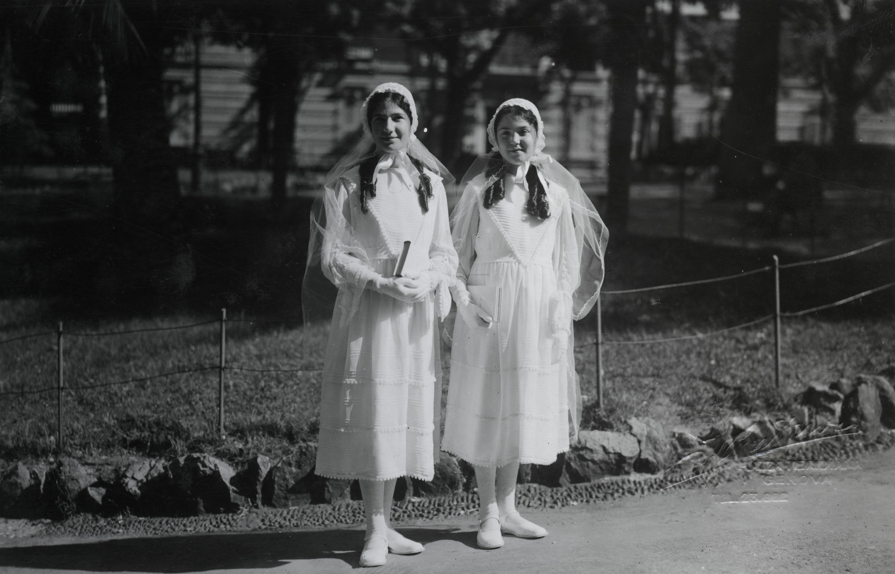 Liana and Alda Morpurgo celebrate their bat mitzvahs.