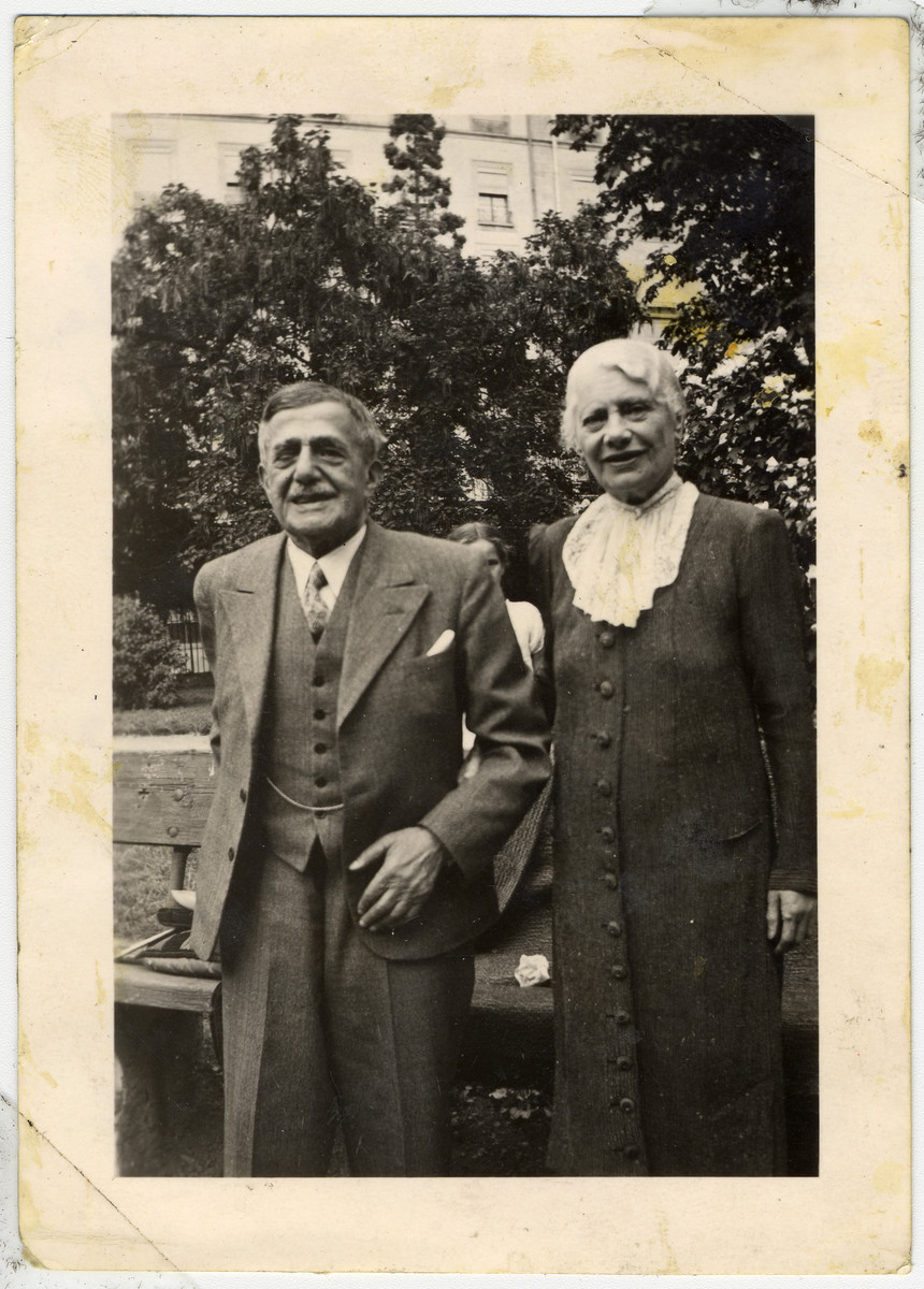 Ruth Schwarzhaupt's aunt Anna (her father's half-sister) stands with her husband Moritz Klopfer.