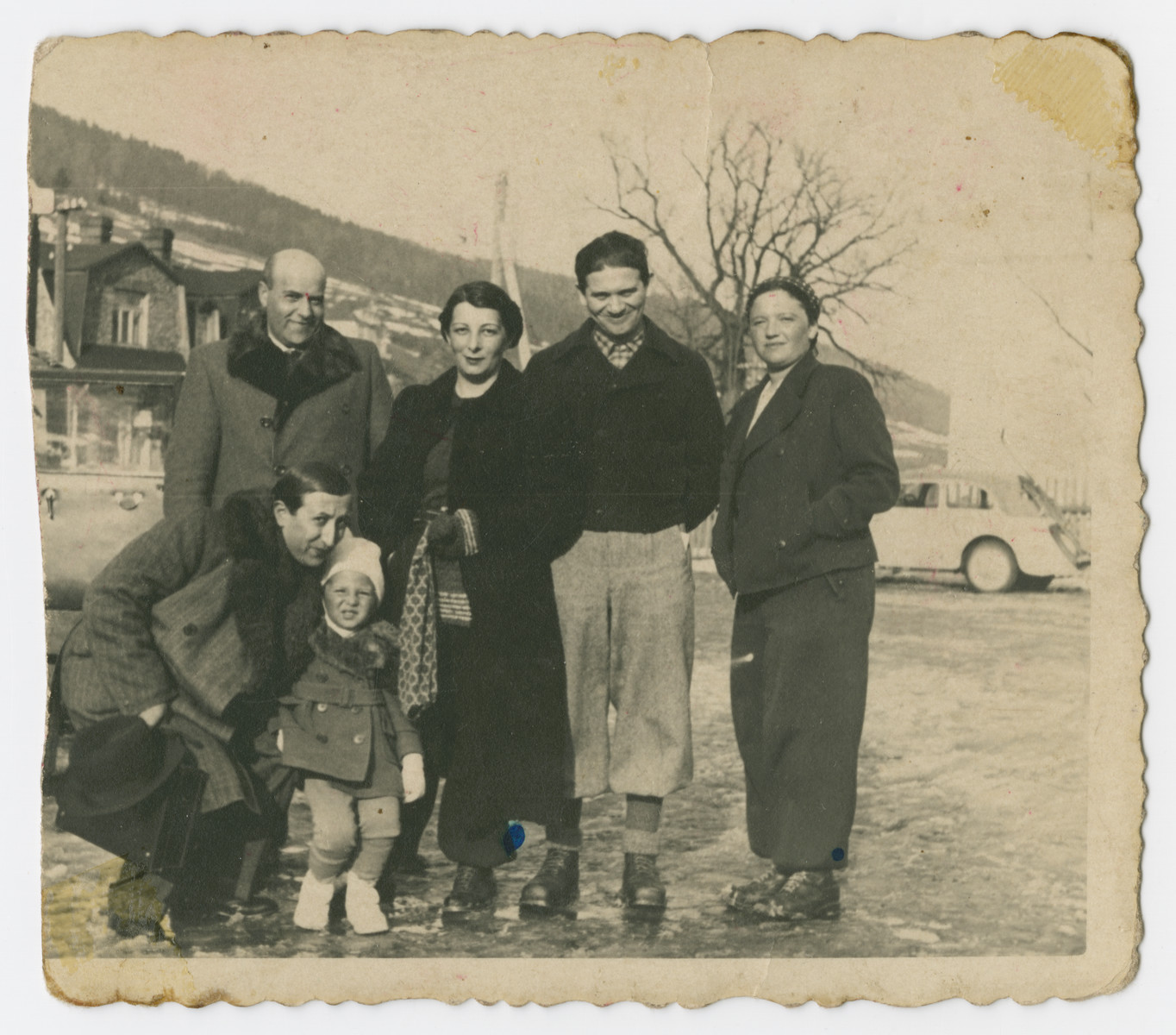 A group of friends pose while on an excursion in prewar Poland.  Alexander and Jurek Ogurek are at the front left.  Karola Ogurek is standing in the center.