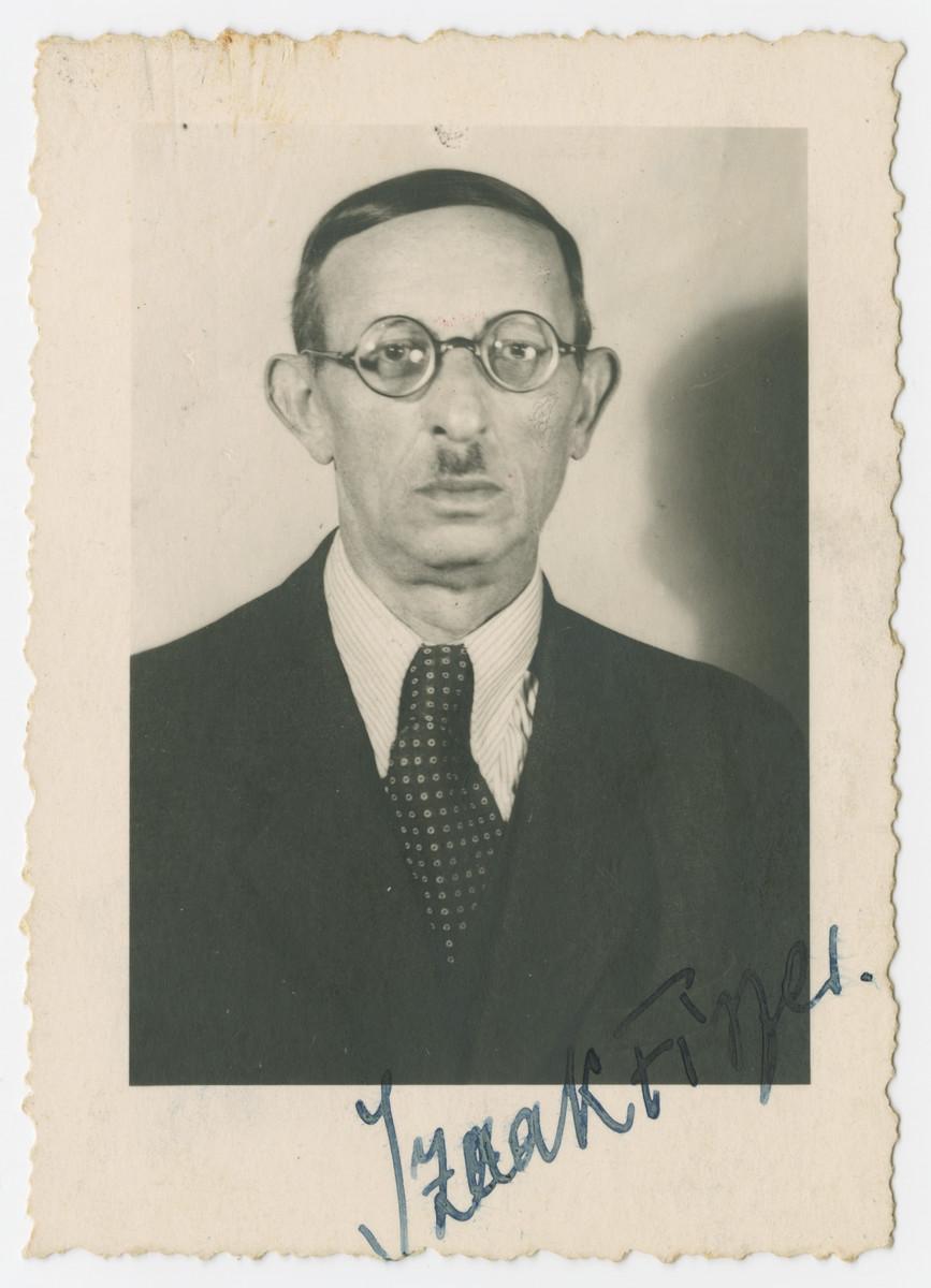 Studio portrait of Izaak Fiszer, grandfather of the donor.