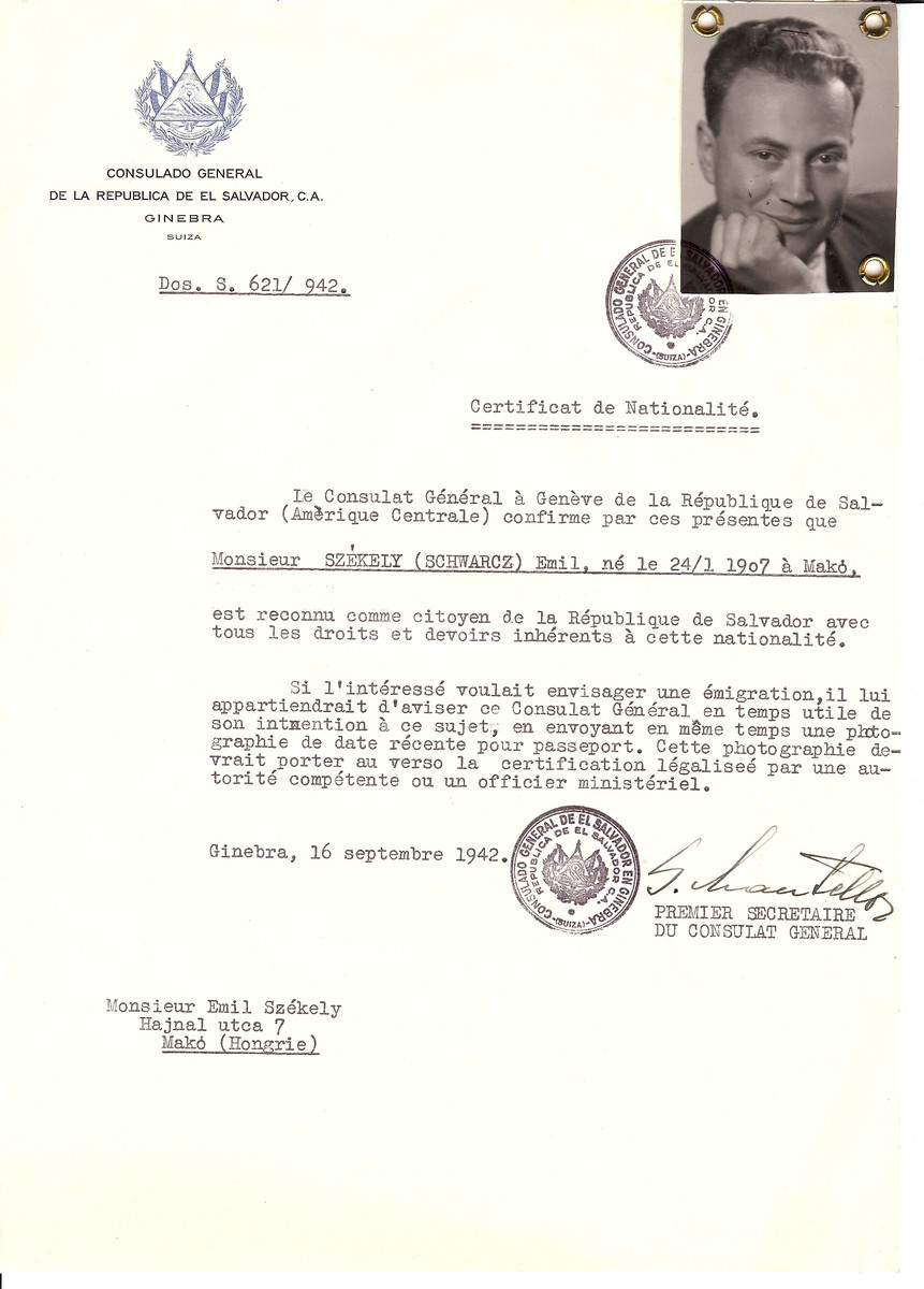 Unauthorized Salvadoran citizenship certificate issued to Emil Szekely (b. January 24, 1907 in Mako) by George Mandel-Mantello, First Secretary of the Salvadoran Consulate in Geneva, and sent to him in Mako.