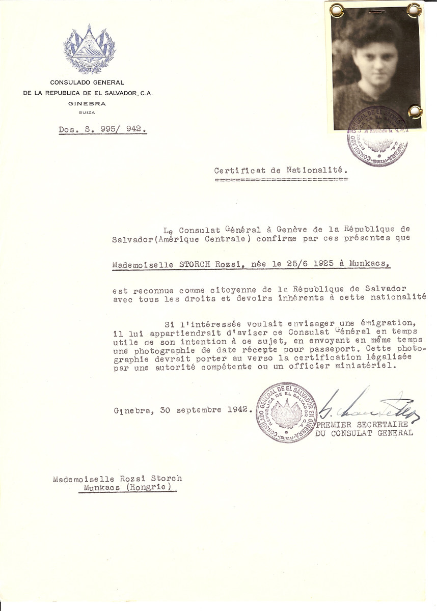 Unauthorized Salvadoran citizenship certificate issued to Rozsi Storch (b. June 25, 1925 in Munkacs) by George Mandel-Mantello, First Secretary of the Salvadoran Consulate in Geneva, and sent to her in Munkacs.