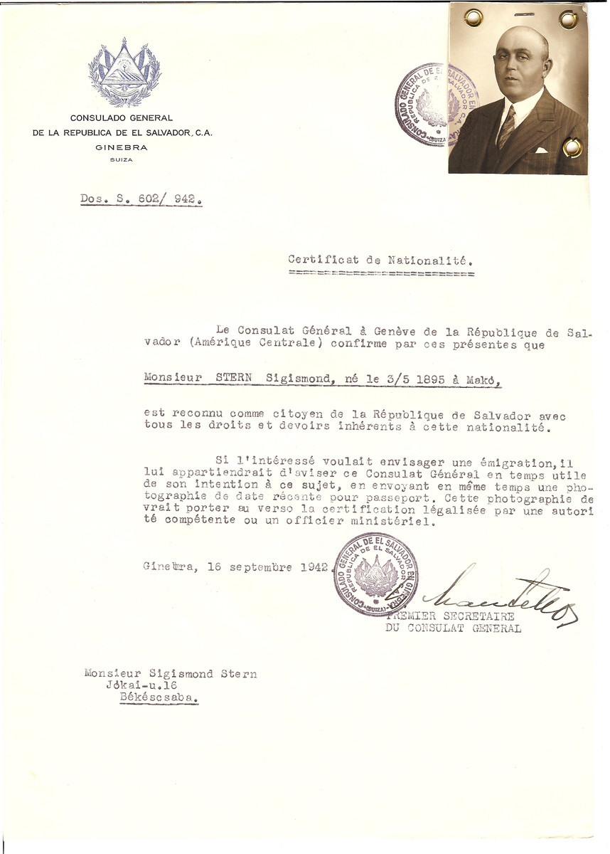 Unauthorized Salvadoran citizenship certificate issued to Sigismond Stern (b. May 3, 1895 in Mako) by George Mandel-Mantello, First Secretary of the Salvadoran Consulate in Geneva, and sent to him in Bekescsaba.