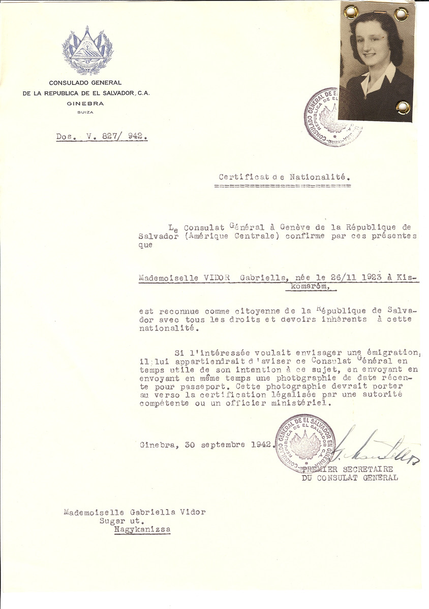 Unauthorized Salvadoran citizenship certificate issued to Gabrielle Vidor (b. November 26, 1923 in Kiskomarom) by George Mandel-Mantello, First Secretary of the Salvadoran Consulate in Geneva and sent to her in Nagykanizsa.