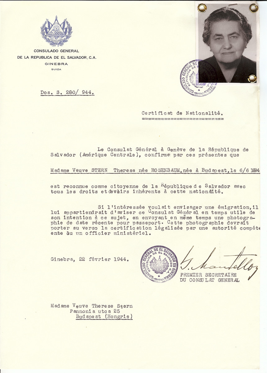 Unauthorized Salvadoran citizenship certificate issued to Therese (nee Rosenbaum) Stern (b. June 6, 1884 in Budapest) by George Mandel-Mantello, First Secretary of the Salvadoran Consulate in Geneva, and sent to her in Budapest.