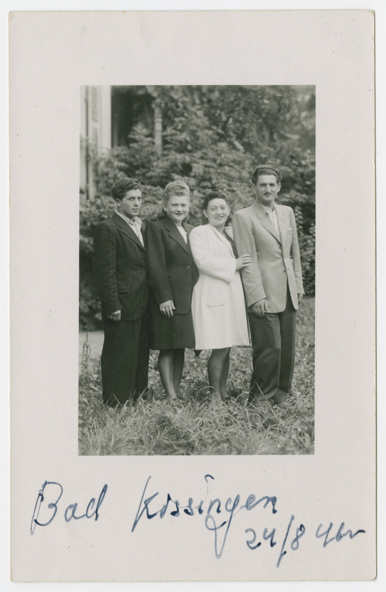 Jewish displaced persons pose for a picture in Bad Kissengen.
