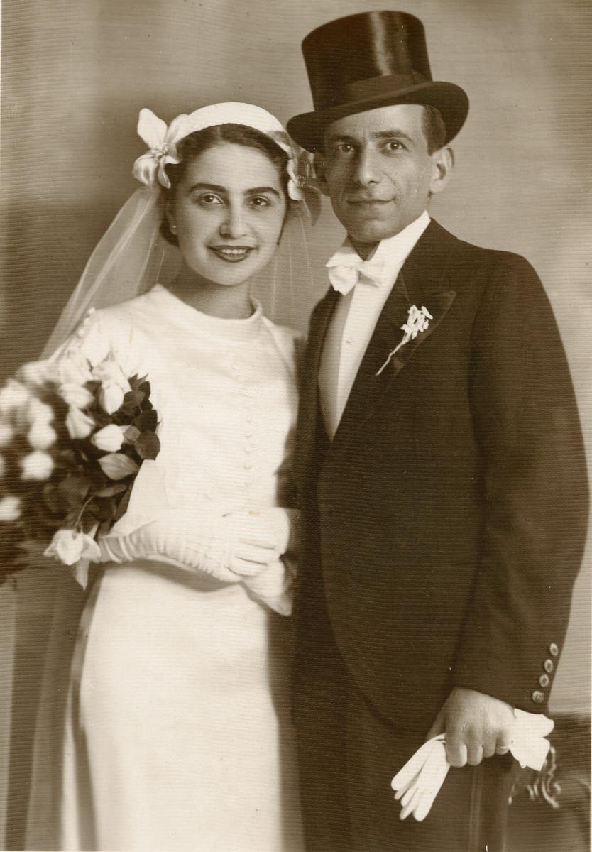 Wedding portrait of Moshe and Ella (Kabilio) Finci.