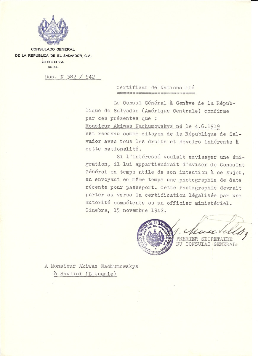 Unauthorized Salvadoran citizenship certificate issued to Akiwas Nachumowskys from Siauliai by George Mandel-Mantello, First Secretary of the Salvadoran Consulate in Switzerland.