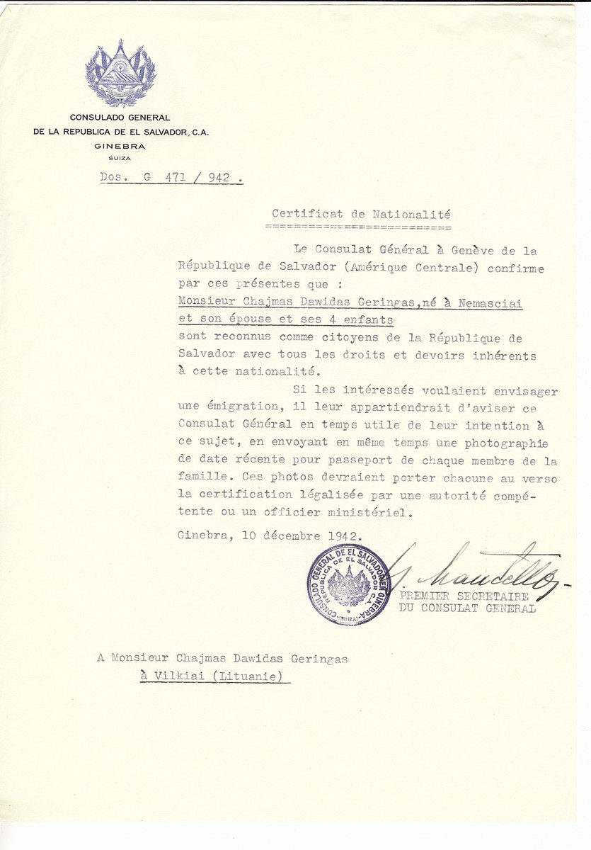 Unauthorized Salvadoran citizenship certificate made out to Chajmas Dawidas Geringas (born in Nemasciai), his wife and four children by George Mandel-Mantello, First Secretary of the Salvadoran Consulate in Geneva and sent to them in Vilkija.