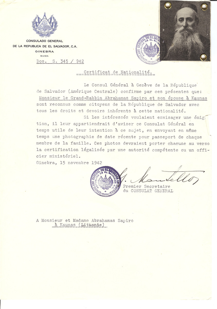 Unauthorized Salvadoran citizenship certificate issued to Rabbi Abraham Sapiro and wife by George Mandel-Mantello, First Secretary of the Salvadoran Consulate in Switzerland.