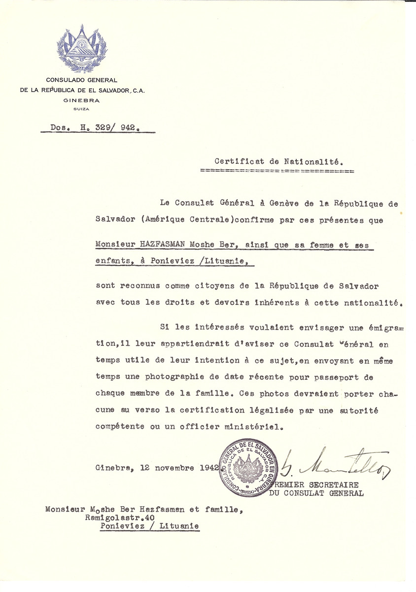 Unauthorized Salvadoran citizenship certificate issued to Moshe Ber Hazfasman, his wife and children of Panevezys by George Mandel-Mantello, First Secretary of the Salvadoran Consulate in Switzerland.