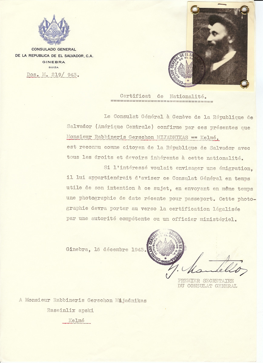 Unauthorized Salvadoran citizenship certificate issued to Rabbi Gerschon Mijadnikas by George Mandel-Mantello, First Secretary of the Salvadoran Consulate in Switzerland and sent to him in Kelme.