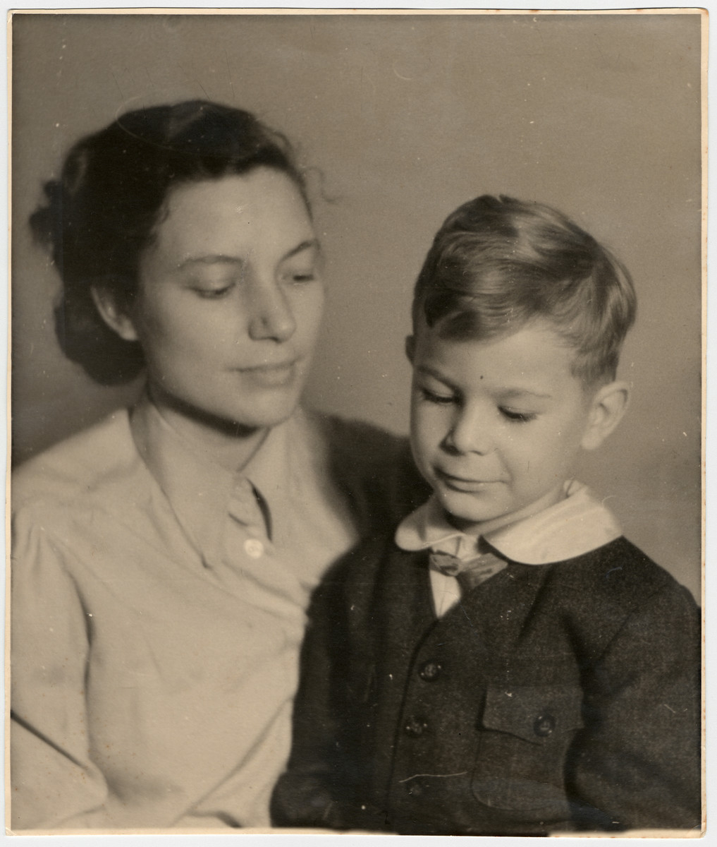 Studio portrait of Lotte and Robert Wagemann, a Jehovah's Witness mother and son.