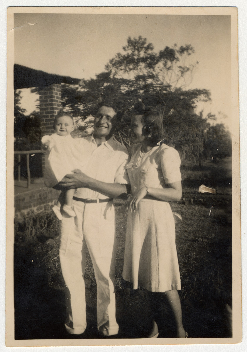 An Austrian Jewish family, Lily, Kalman, and Ruth Haber, pose in Nyasaland where they were sent as enemy aliens.