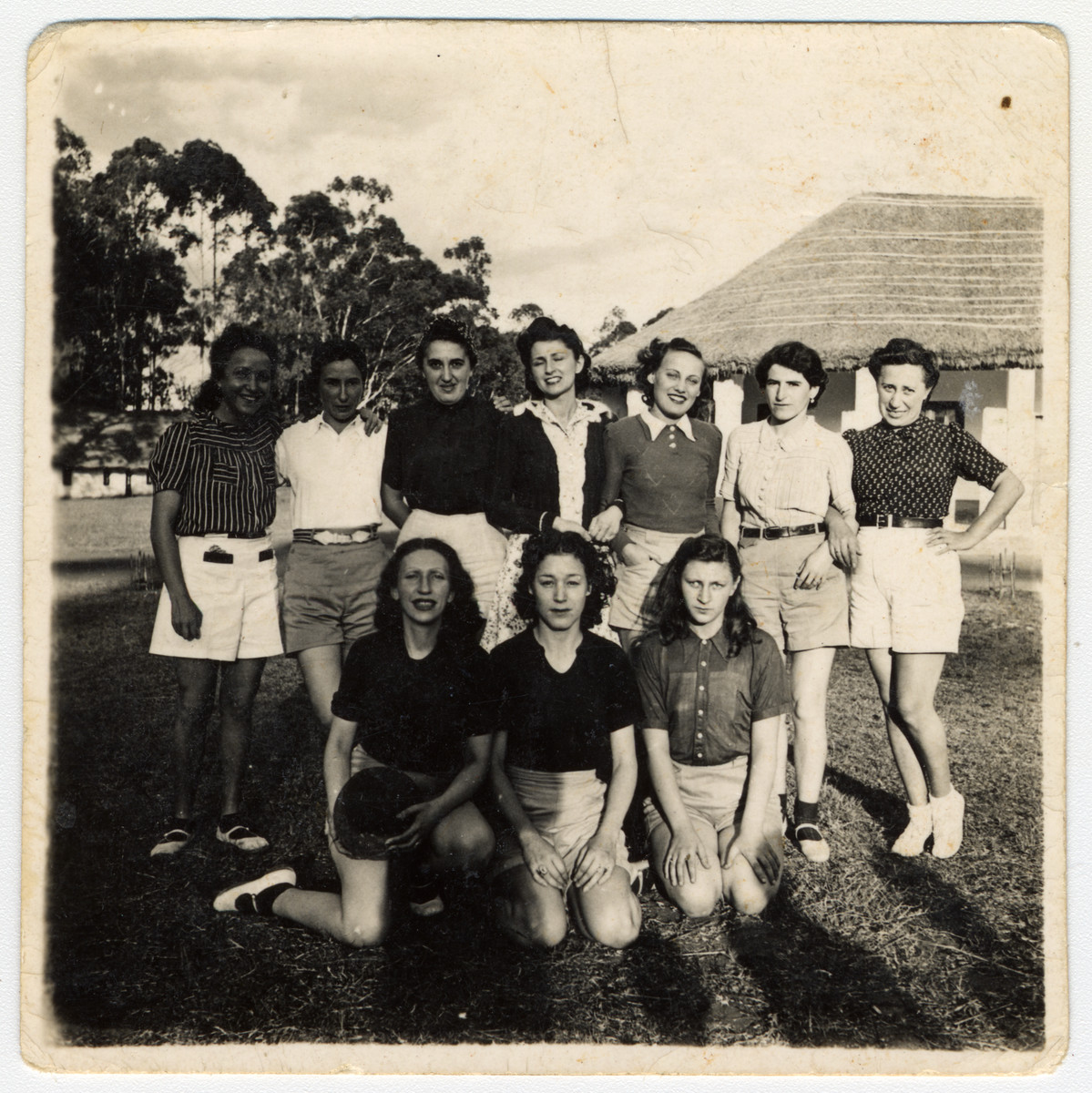 Group portrait of Jewish female internees in a camp in Nyasaland for enemy aliens.