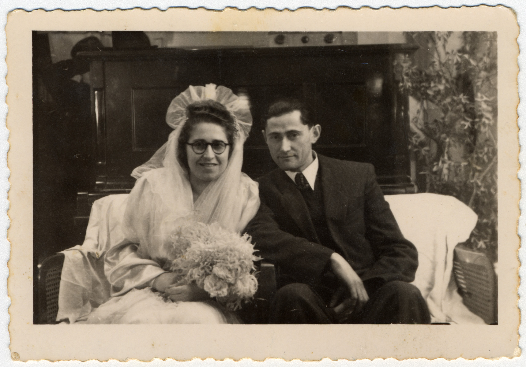 Close-up wedding portrait of a Jewish couple in the Landsberg displaced persons' camp.  Pictured are Moshe and Malka Herskovitz.