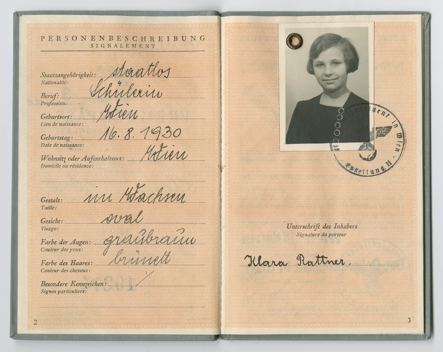 Identification papers issued to Klara Rattner stating she was born in Vienna on August 16, 1930 but is officially stateless.