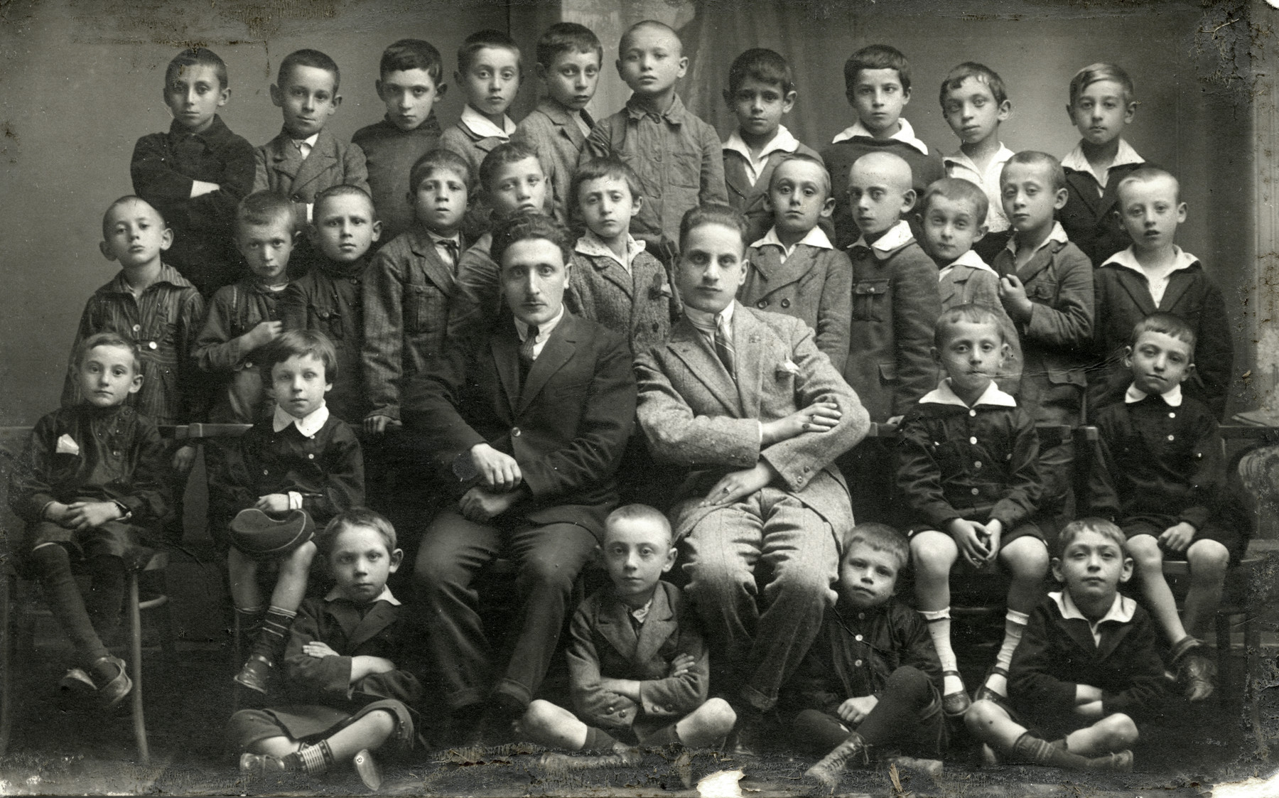 A group photograph of a private Jewish elementary school class in Kielce.  Chaim Leichter is pictured in the second row, fourth from the left.