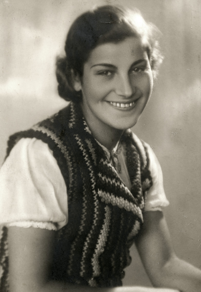Studio portrait of  Chava Leichter , the sister of Chaim.  Chava Leichter (b. 1917) was murdered in Treblinka in 1942 at the age of 25.