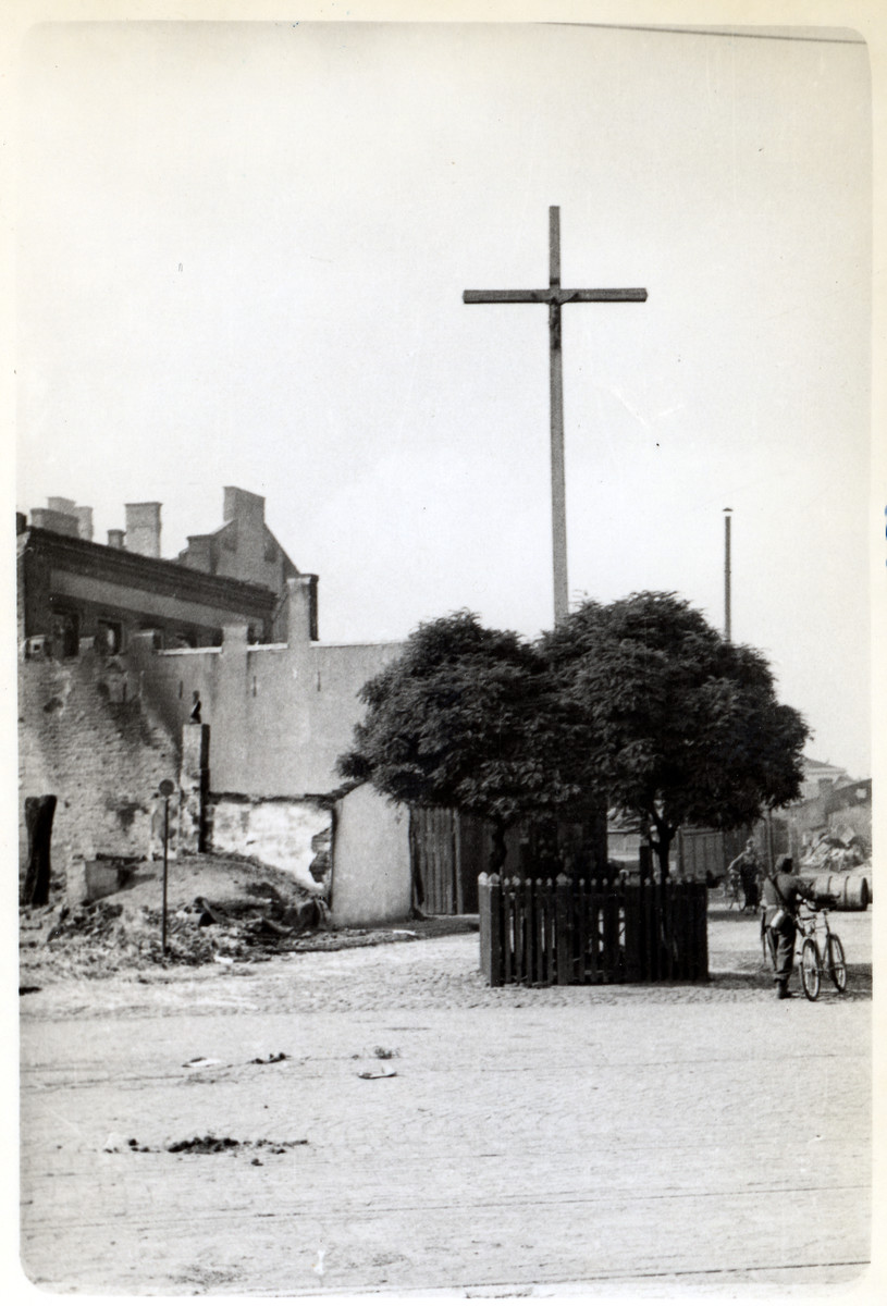 View of a bombed-out church in besieged Warsaw.
