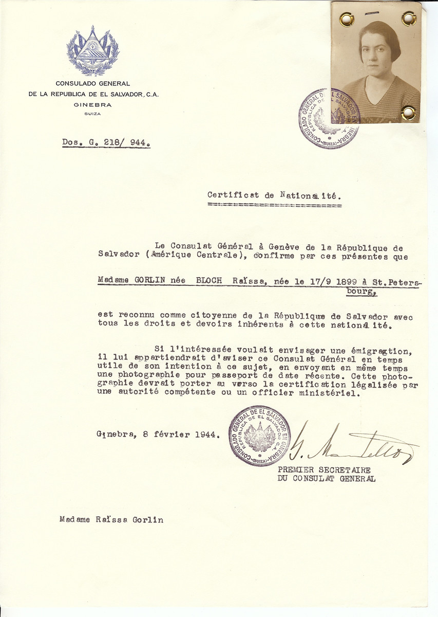 Unauthorized Salvadoran citizenship certificate issued to Raissa (Bloch) Gorlin (b. 09/17/1899 at St. Petersburg) by George Mandel-Mantello, First Secretary of the Salvadoran Consulate in Switzerland.