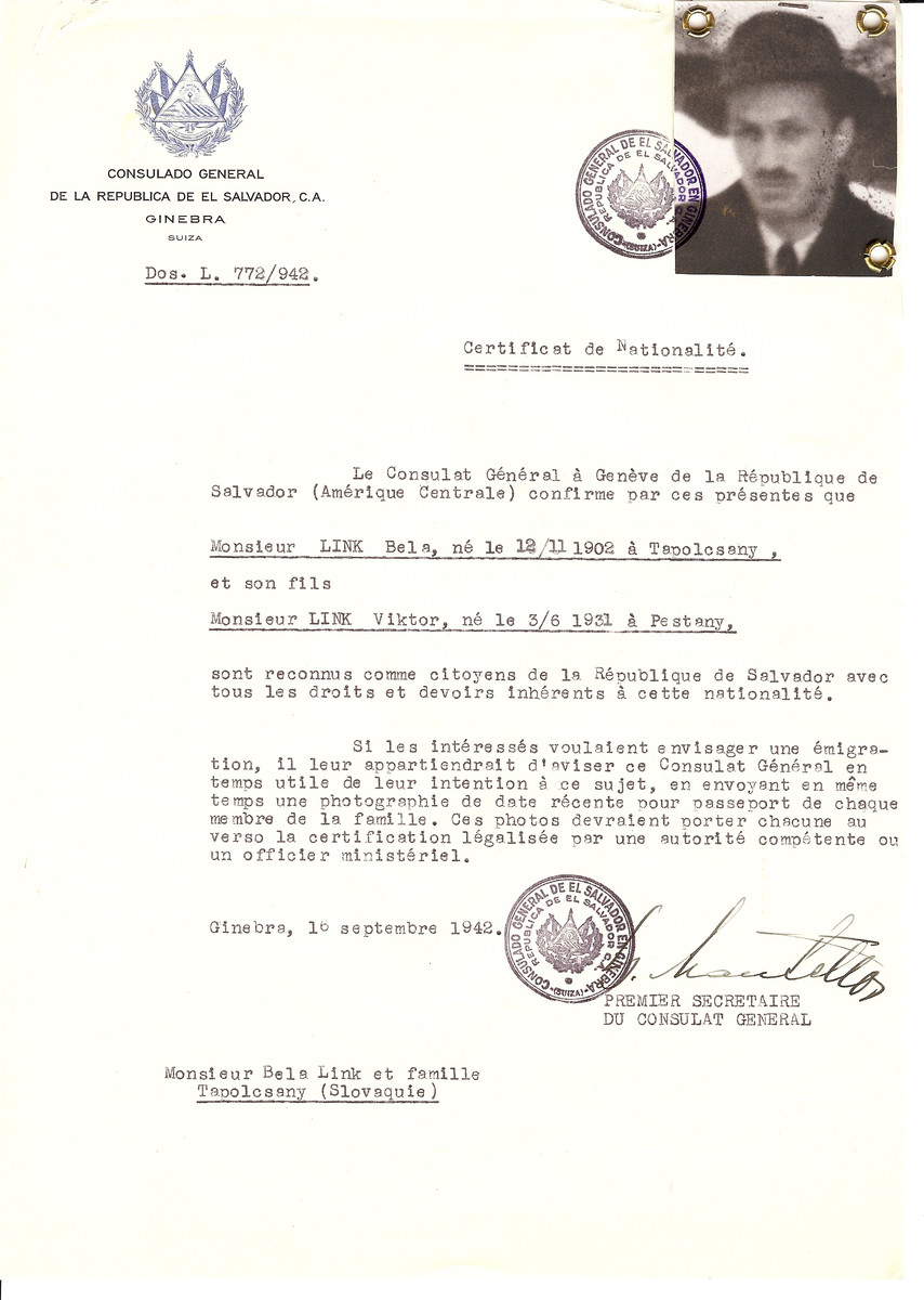 Unauthorized Salvadoran citizenship certificate issued to Bela Link (b. 11/12/1902 in Topolcany) and his son Viktor Link (b. 06/03/1931 in Pestany) by George Mandel-Mantello, First Secretary of the Salvadoran Consulate in Switzerland.  The certificate was sent to their residence at Topolcany.