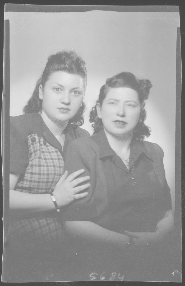 Studio portrait of Ferencene Rozenstein and another woman.