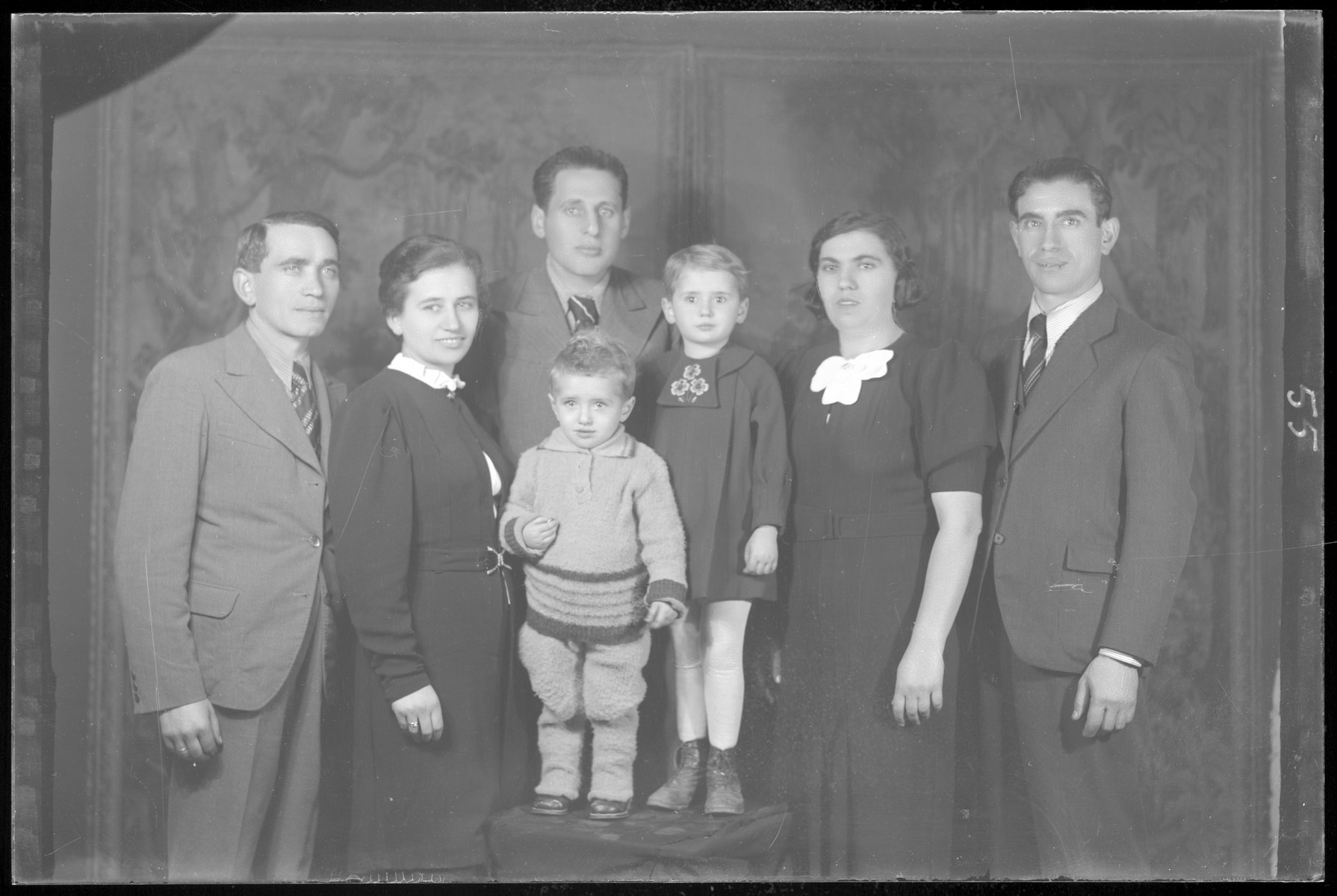 Studio portrait of the family of Gyorgy Schvartz.