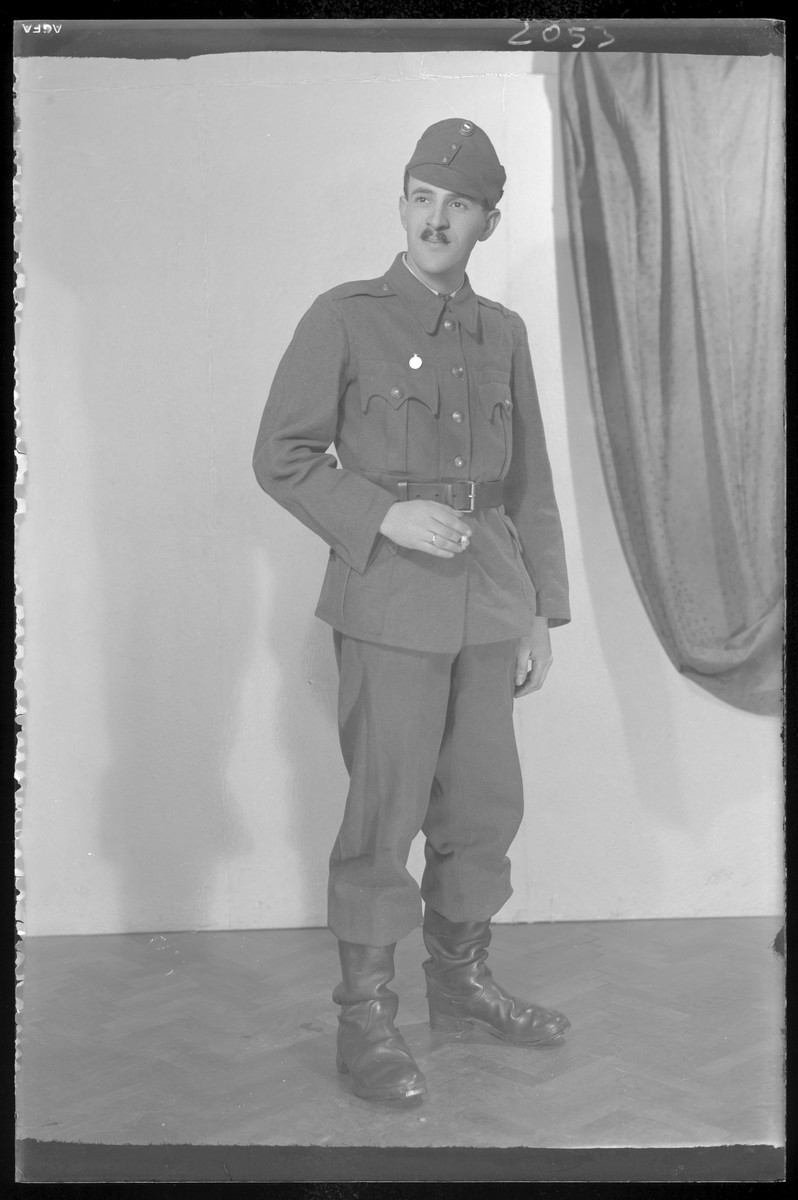 Studio portrait of Sica Salomon in military uniform.