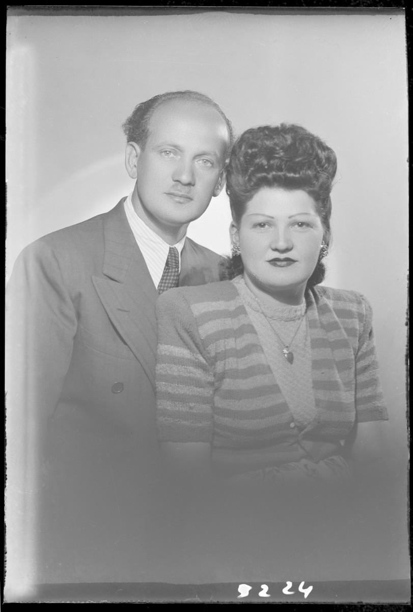 Studio portrait of Zoltan Schvartz and his wife.