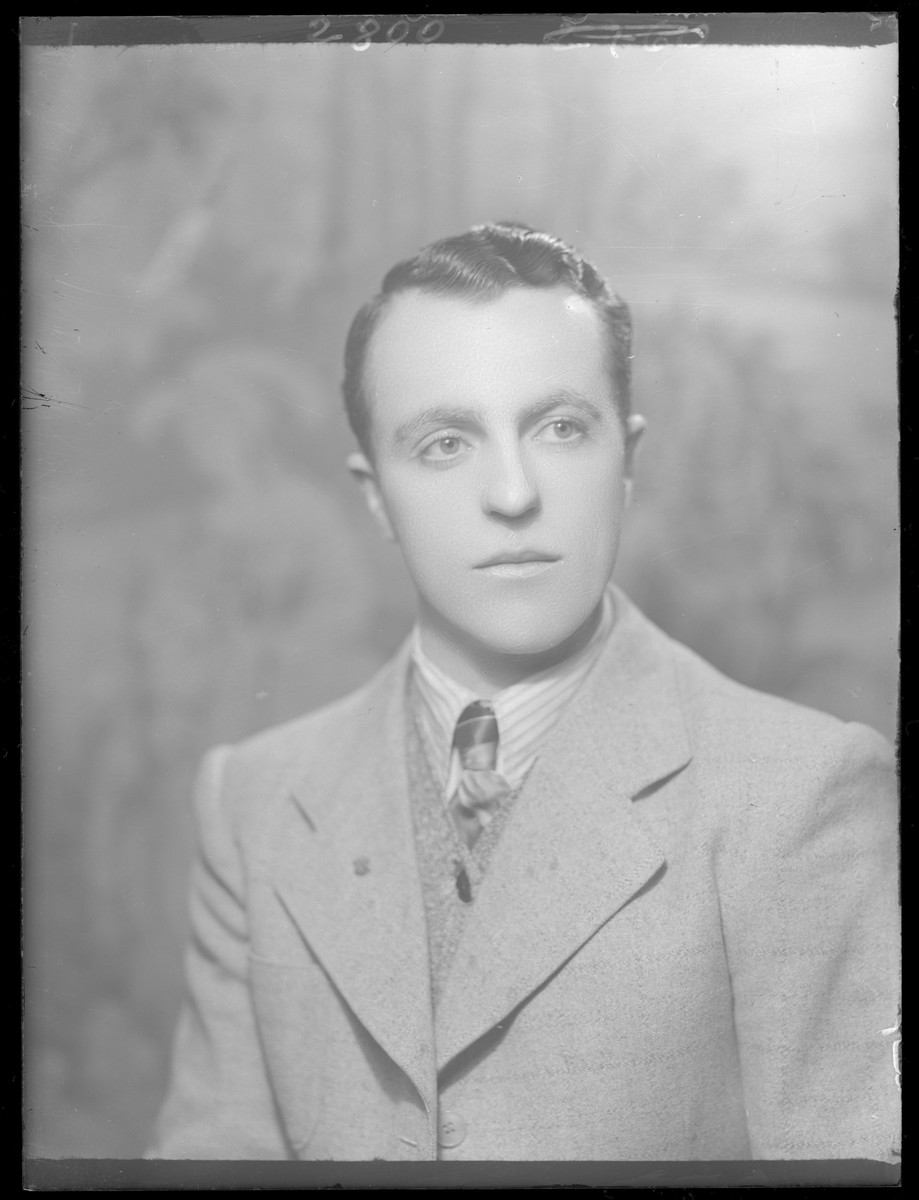 Studio portrait of Sandor Schlesinger.