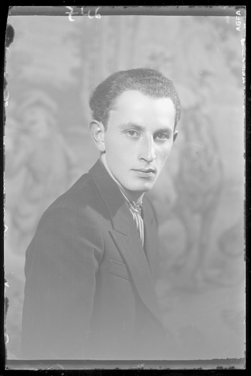 Studio portrait of Laszlo Rozenberg.