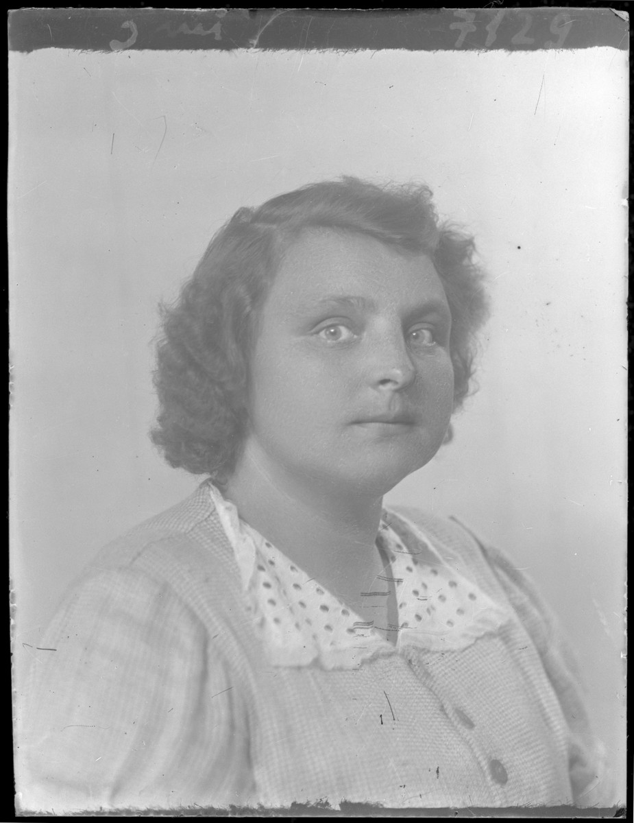 Studio portrait of Imrene Schnerder.