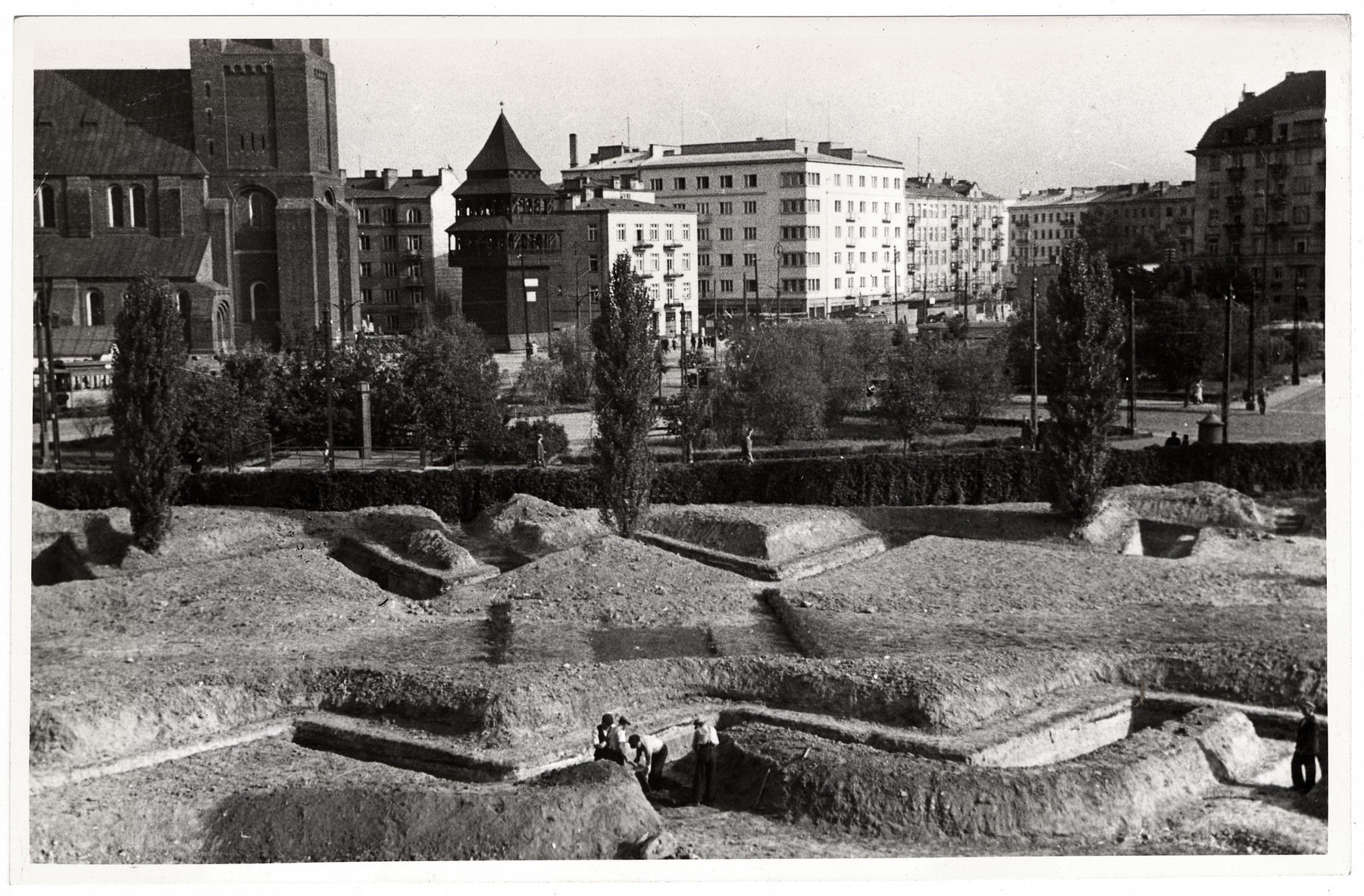 A view of the besieged city of Warsaw and the trenches dug to slow the advance of the German army.