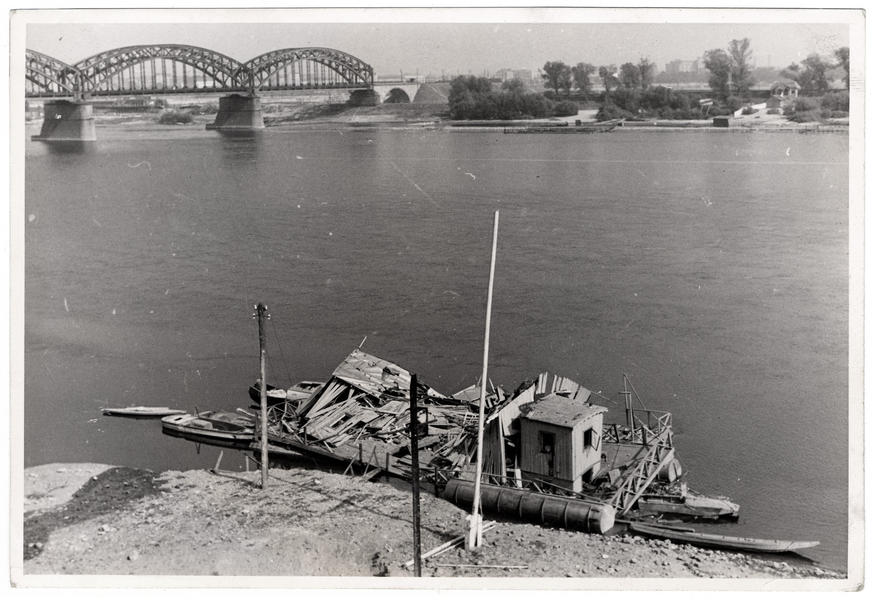 View of a destroyed boat on the Vistula River in besieged Warsaw.