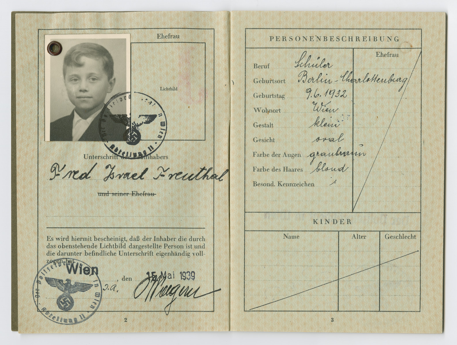 Identification papers issued to Fred Freuthal, born June 1932.