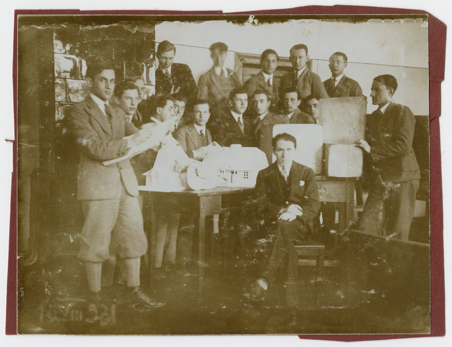 Bruno Schulz teaches an art class in prewar Drohobycz.