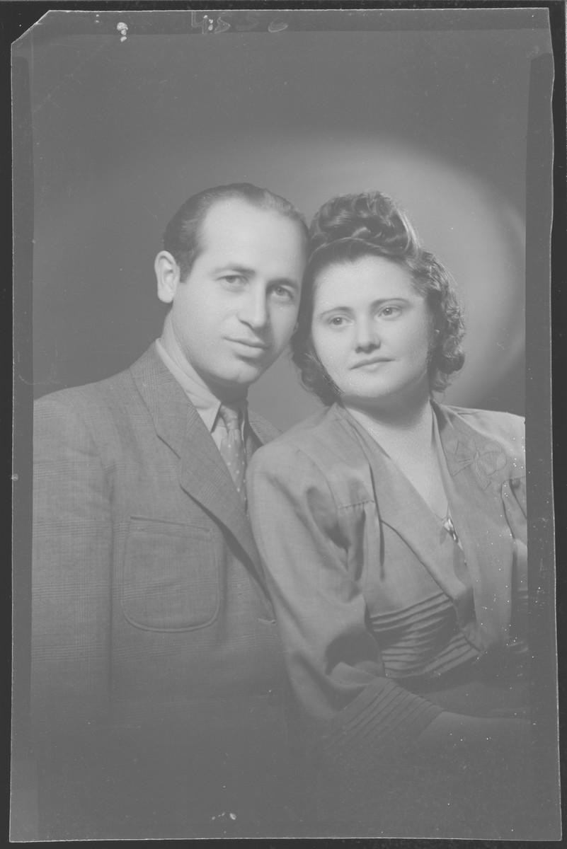 Studio portrait of Moric Preizler and his wife.