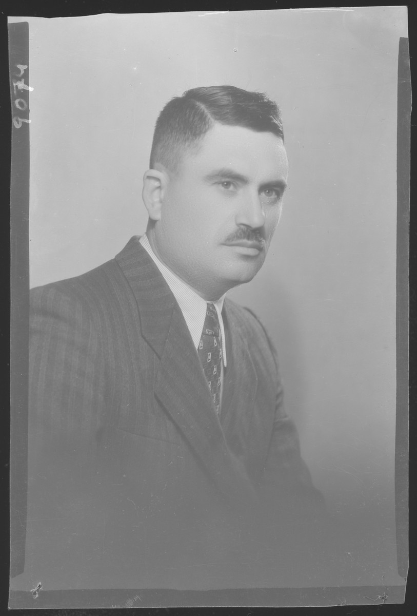 Studio portrait of Bela Krampner.